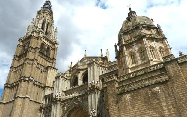 Imperial Icons: Tour Toledo with Entrance to Seven Monuments and Guided Visit of Toledo Cathedral