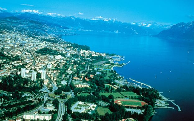 Montreux and Chillon Tour from Lausanne