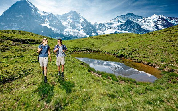 A Day at Kleine Scheidegg – Tour from Zurich