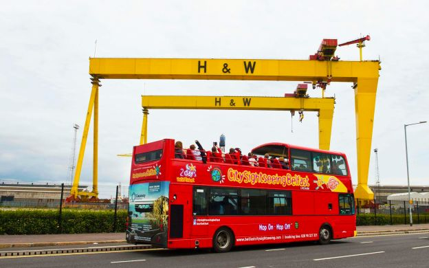 City Sightseeing Belfast: 48 hours Hop-On, Hop-Off Bus Ticket with Giant's Causeway & Northern Ireland Tour