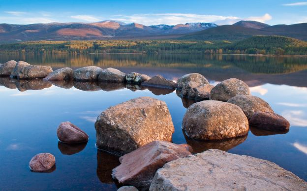 Cairngorm National Park and Speyside Whisky Day Trip