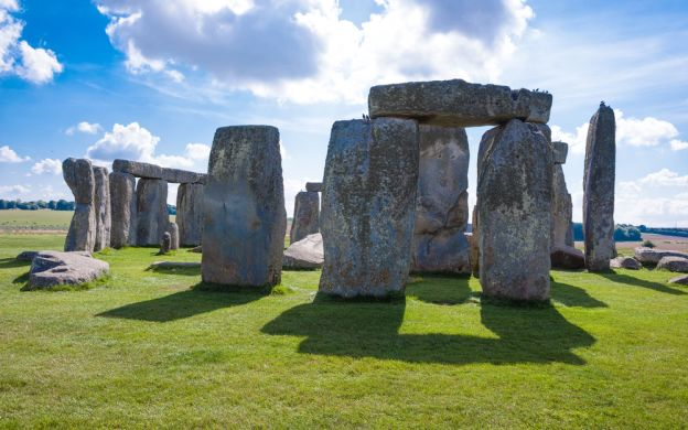 Stonehenge Special Inner Circle Access with Morning and Evening Options