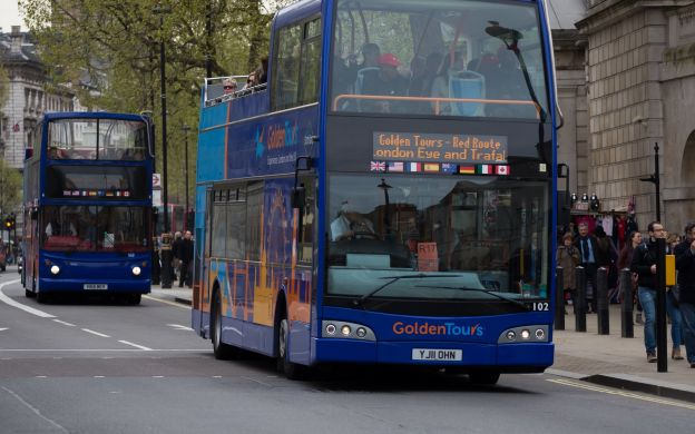 Golden Tours London: Hop-On, Hop-Off Bus Ticket *Extra 24 Hours FREE with 24-hour Ticket*