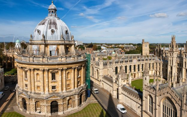 Back to College - Private Walking Tour of Oxford