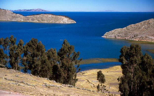 Andean Heritage and the Islands of Lake Titicaca: La Paz, Puerto Perez-Lake Titicaca