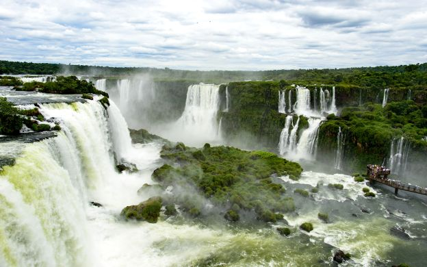 Iguassu Falls from Both Sides & Itaipu Dam (3 nights)