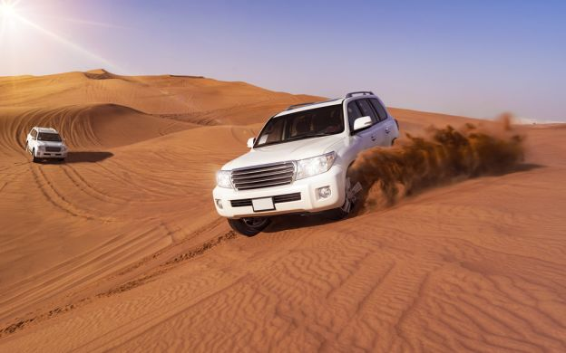 Dubai Desert Safari Experience with BBQ Dinner Served on Table