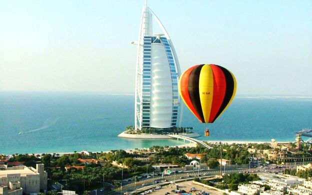 Hot-Air Balloon Ride over Dubai- 4 hours