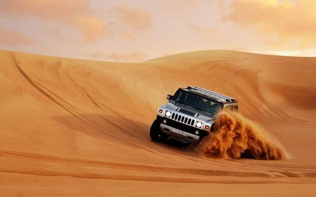 Evening Desert Safari In A Hummer With BBQ Dinner