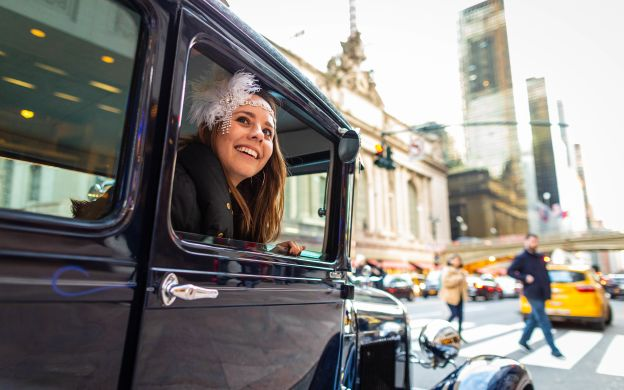 The Roaring 20's: New York Tour in an Antique Car
