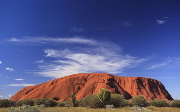 Alice Springs to Uluru (Ayers Rock) One-Way Transport with Included Sightseeing
