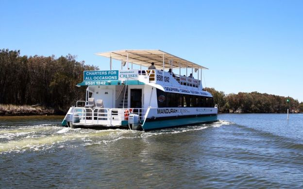 An Afternoon Well Spent: Scenic Lunch Cruise on the Murray River