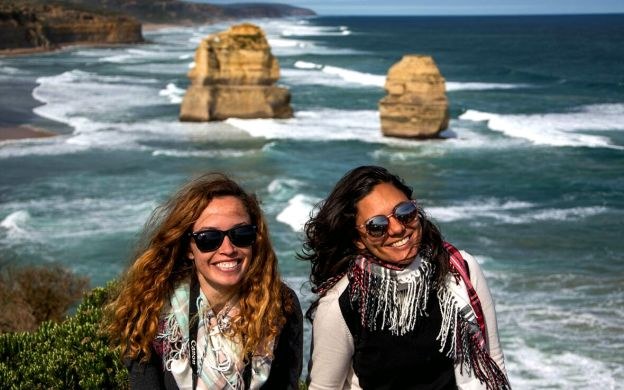 Skip-the-Crowds: Reverse Great Ocean Road Tour with Lunch
