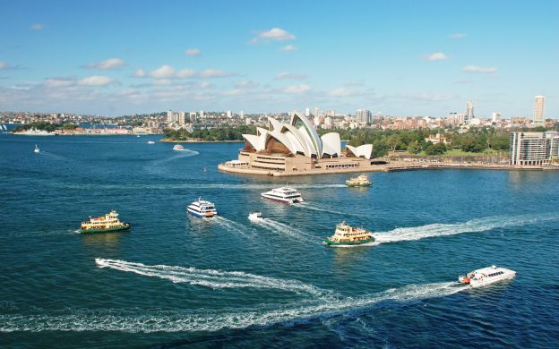 Sydney City Tour & Captain Cook Harbour Luncheon Cruise with Transfers