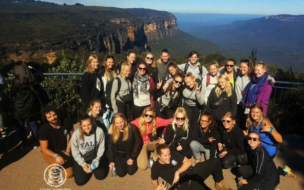 Blue Mountains Adventure Tour with BBQ Lunch, Waterfalls & Kangaroos - Small Group Tour from Sydney