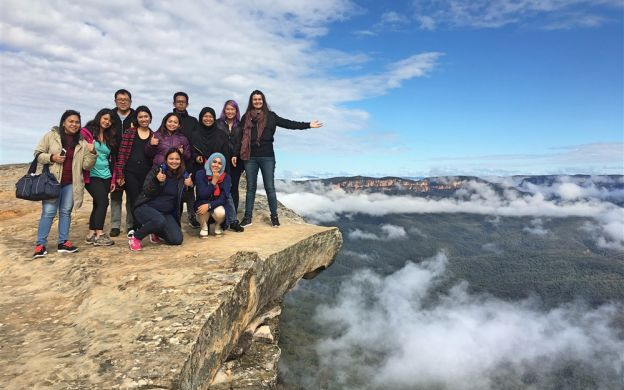 Blue Mountains Day Tour and Sydney Harbour Cruise with Hotel Pickup