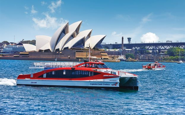 Captain Cook: Sydney Harbour Hop-On Hop-Off Cruise
