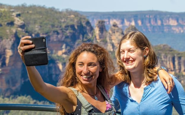Blue Mountains Tour and Featherdale Wildlife Park with Optional Lunch
