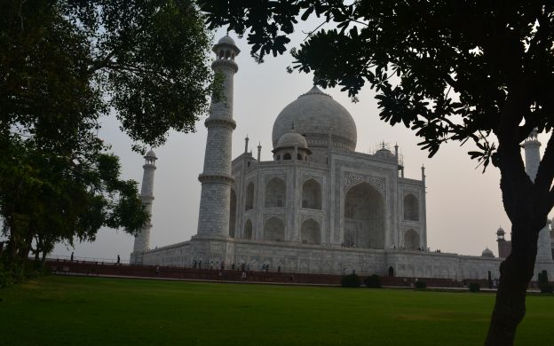 Agra Highlights Guided Tour