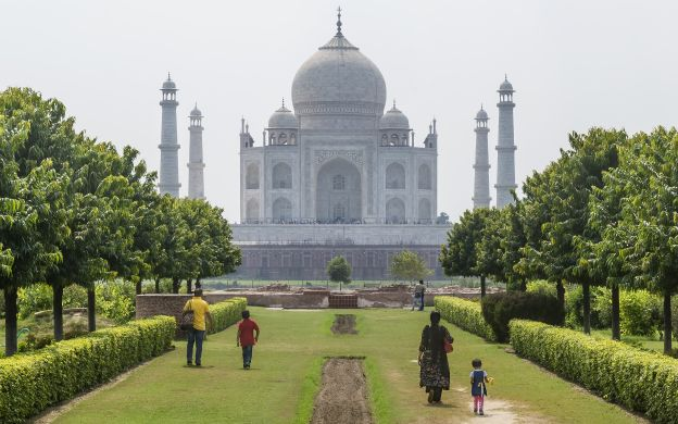 Mehtab Bagh Attraction Ticket - Book Agra tours - Best Offers & Discounts!