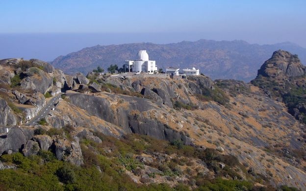 Tour to Hill Town Mount Abu: Dilwara Temples and Nakki Lake