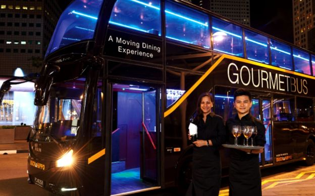 Singapore GOURMETbus: Fine Dining with City Tour & A Visit at Gardens By the Bay!
