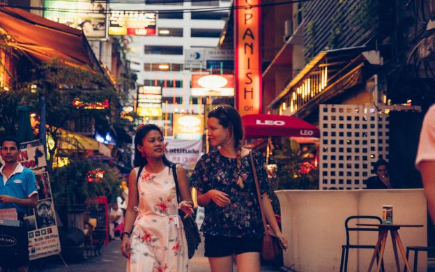 Bangkok Nightlife and Night Market Guided Tour