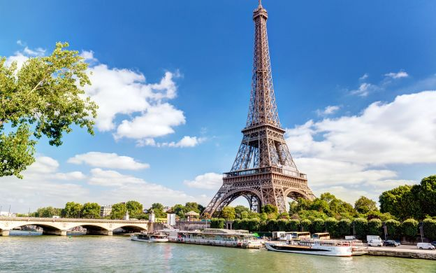 Bonjour Paris - Eiffel Tower Tour with Seine River Cruise and Skip-the-Line Louvre Museum Ticket