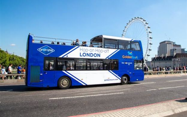 Golden Tours London: Hop-On, Hop-Off Bus with Attraction Upgrades