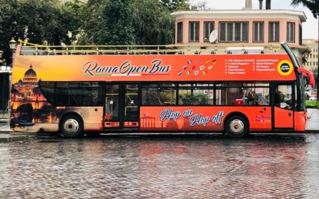 Roma Open Bus: Hop-On, Hop-Off Tour