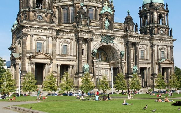 City Circle Sightseeing Berlin: Hop-On, Hop-Off Tour