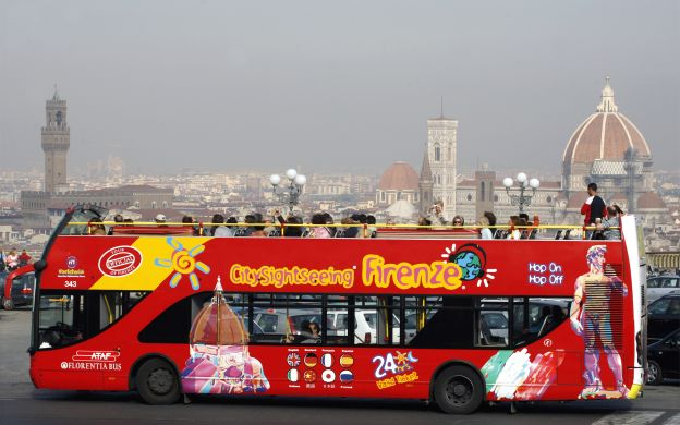 City Sightseeing Florence: Hop-On, Hop-Off Bus with Uffizi Gallery Skip-The-Line Ticket & Guided Tour