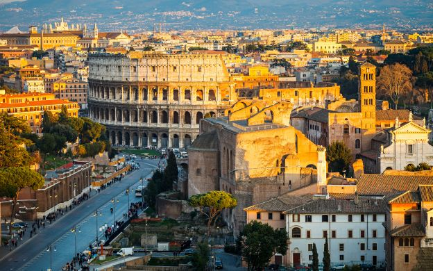 Romantic Rome Evening Bus Tour with Dinner