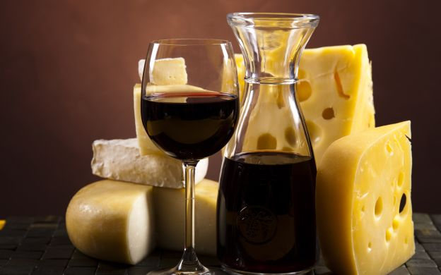 Wine and Cheese Tasting at a Traditional Enoteca (Wine Bar) in Rome