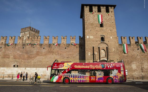 City Sightseeing Verona: Hop-On, Hop-Off Tour