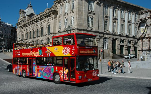 City Sightseeing Porto: Hop-On, Hop-Off Bus Tour