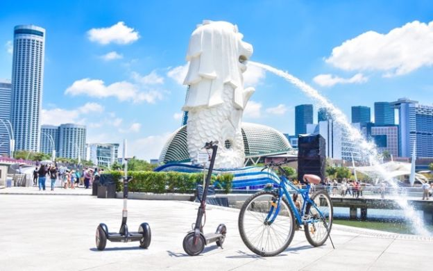 Affordable Electric Scooter Rental for Sightseeing, Singapore
