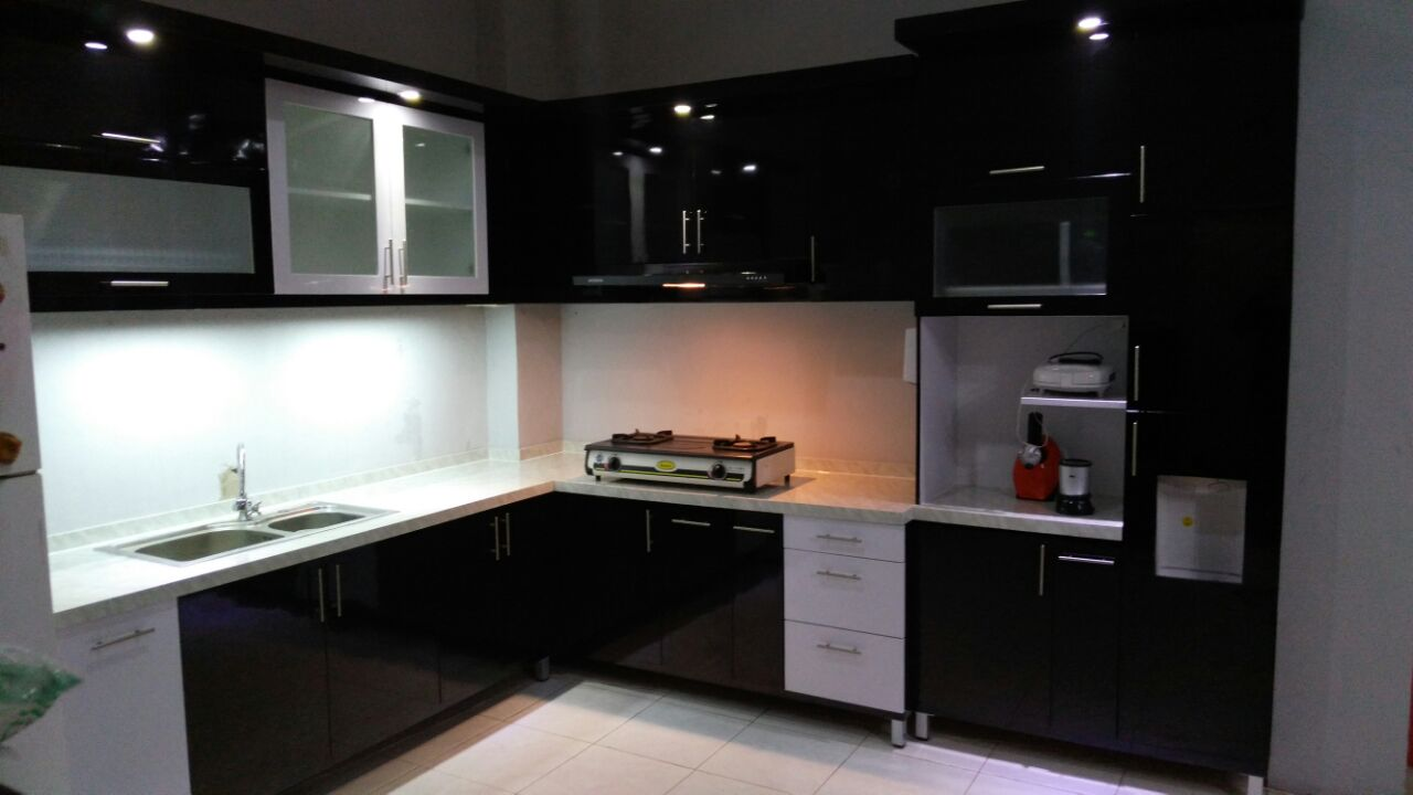 Black Kitchen Set | Niaga Art