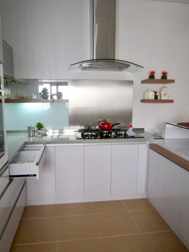 Medium Kitchen Set | Niaga Art