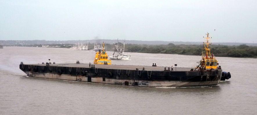 2008 ABS Deck Barge 300'x90'x18'   Eiffel Trading
