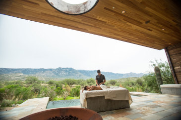 Find Wellness in Tucson's Top Resorts
