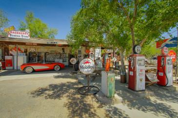 Explore West Coast Arizona for Outdoors, Food and Nostalgia
