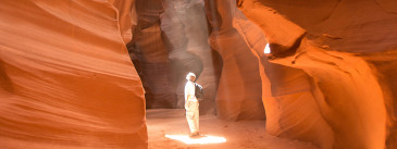 A Guide to Visiting Antelope Canyon 'the Right Way'