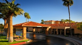 Courtyard by Marriott Phoenix Camelback