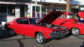 Relics & Rods Cruise In