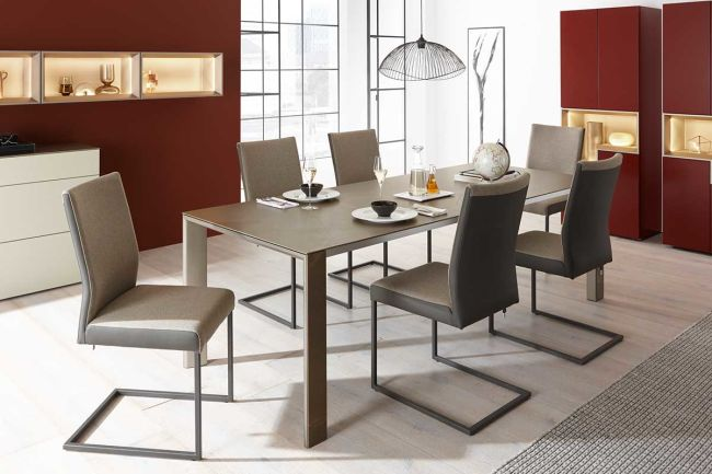 DINING – Table T 90 with a four-leg frame