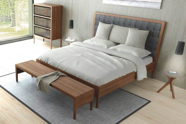 SOLID – Bed