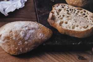 baka bröd i gryta