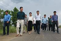 Senior Minister Sun Chanthol...