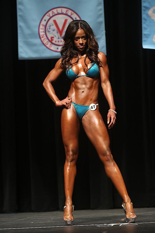 Ingrid S. Clay - Vegan Bodybuilder Food Diary - The Wellnest by HUM Nutrition